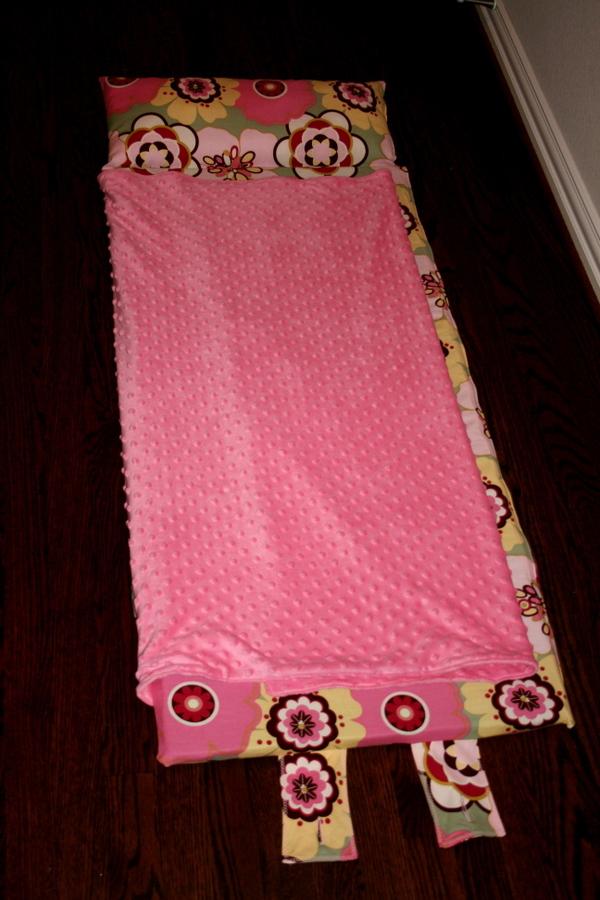 nap mats preschool garland not your everyday nap mat tutorial 161